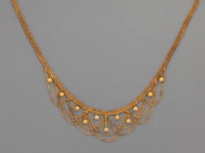 drága kincsek arany nyakék