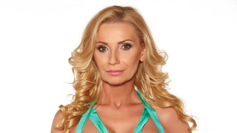 Farkas Rita arca, feleségek luxuskivitelben viasat3 exkluzív gazdag luxus prémium presztízs