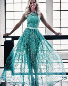 Farkas Rita zöld ruhában,feleségek luxuskivitelben viasat3 exkluzív gazdag luxus prémium presztízs