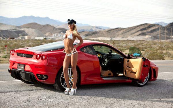 Ferrari-4-eleterzes-vezetes