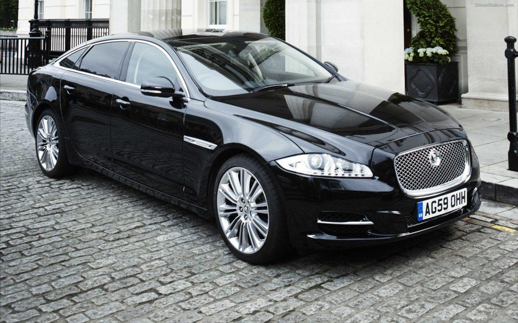 Jaguar-XJ-Saloon-2011 luxus autok 20 millio alatt magyar milliomos ferfiak klubja