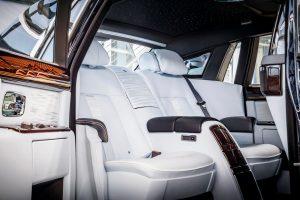 Luxusautók 2018 Roll-Royce-Phantom-VIII-belso