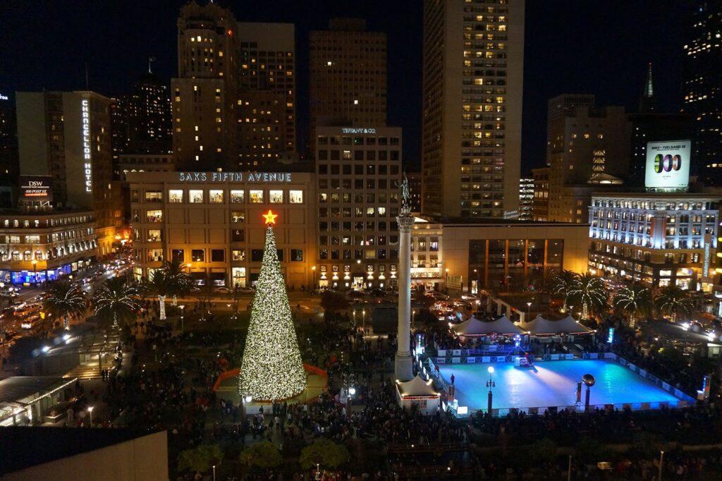 San Francisco feldíszített parkok karácsonykor