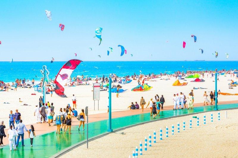 dubai strandok luxus utazas milliomos gazdag elet KITE strand