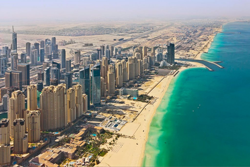 dubai strandok luxus utazas milliomos gazdag elet Jumeirah Beach Residence