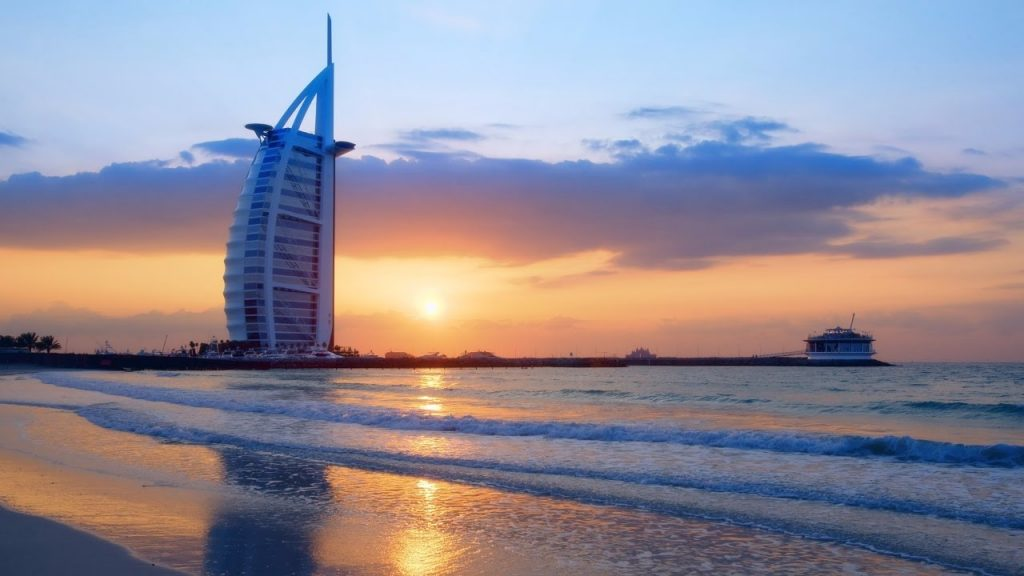 dubai strandok luxus utazas milliomos gazdag elet sunset beach