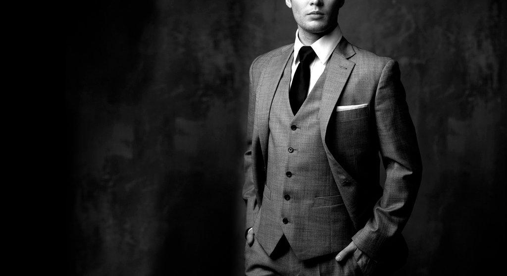 milliomos gazdag férfiak egyedi méretre készülő ing ruha exkluzív presztízs prémium különleges Jani Mihály és Fia